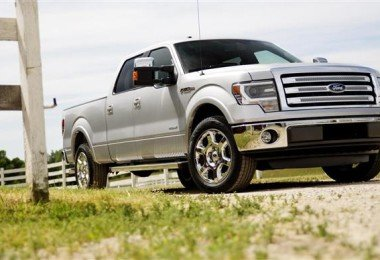 2013 Ford F-150 with more Bells and whistles
